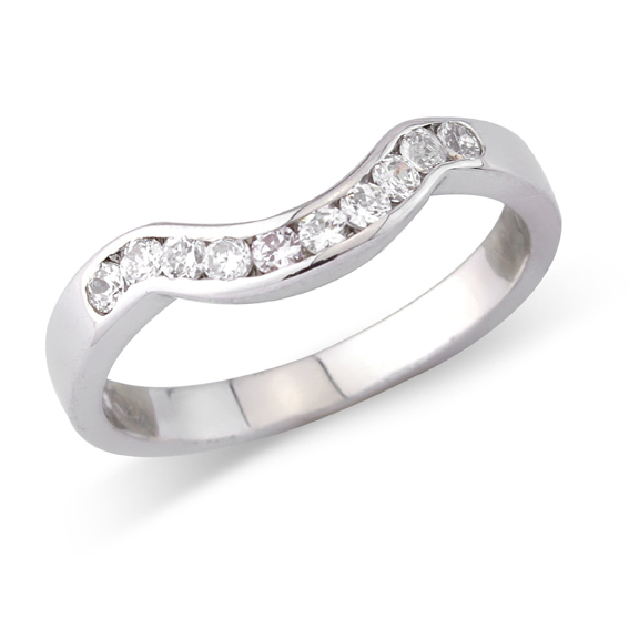606 - Deep curve set with ten channel set round diamonds.
