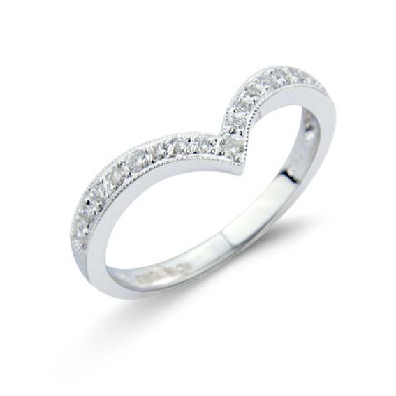 619 - Wishbone shape with pavé set diamonds and millgrain edge.
