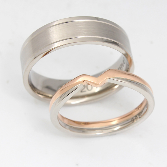 Two tone shaped wedding ring